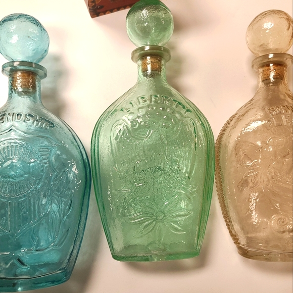 VTG Set of 3 Lord Calvert Whiskey Decanters they h